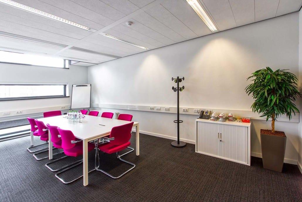 Chalet-Regus Business Center - SB Projects